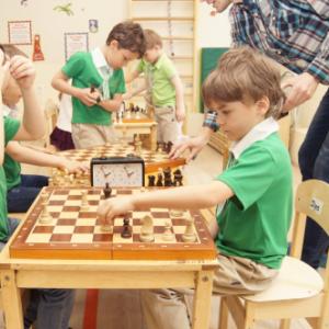 шахматы для детей. занятия в Москве